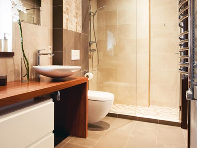 Sauna Indoor no banheiro Grande - Solicite uma Cotação