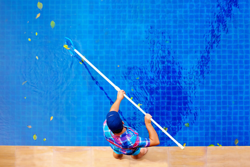 9 vantagens da terceirização do tratamento de piscinas