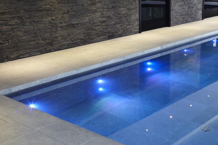 Dicas iluminação de piscinas