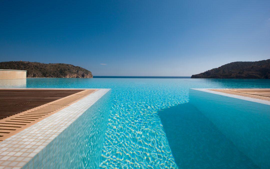 Equipamentos indispensáveis para sua piscina