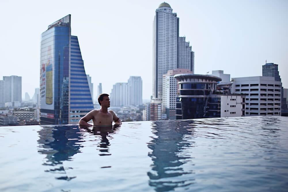 As 10 piscinas mais bonitas do mundo que podem inspirar seu projeto