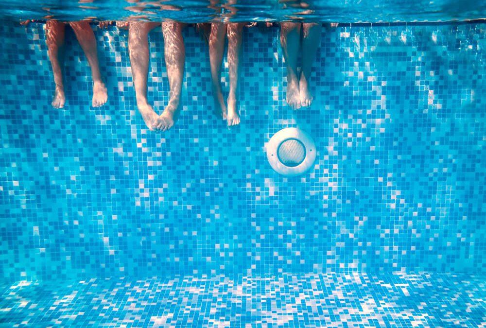 Sim poss vel 7 dicas para economizar gua na piscina for Piscina 7 de agosto