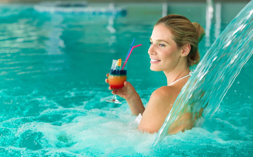 Guia definitivo para escolher a melhor cascata para piscina