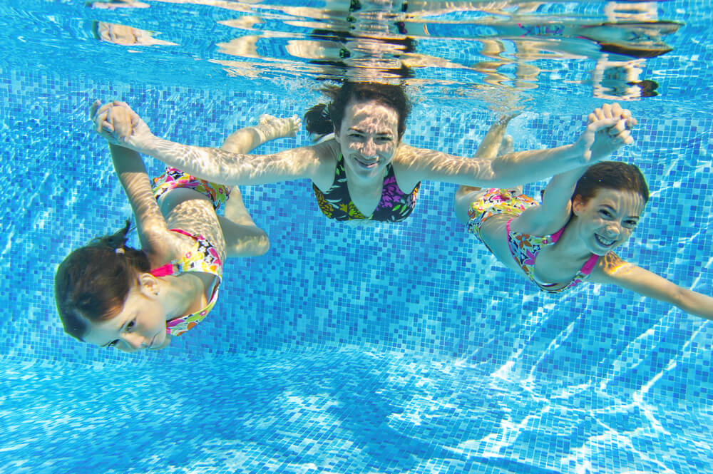 Manutenção de piscinas grande porte