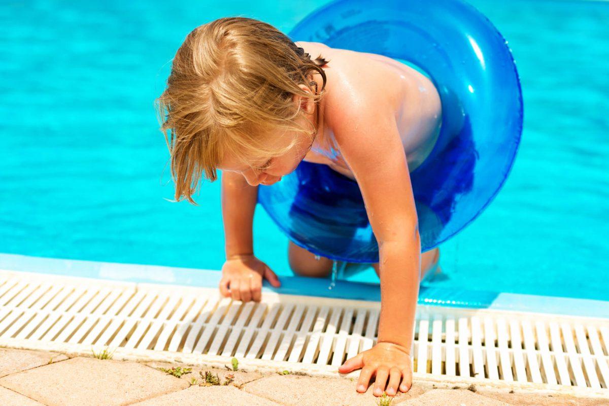 Guia para criar a rotina ideal de tratamento de piscinas