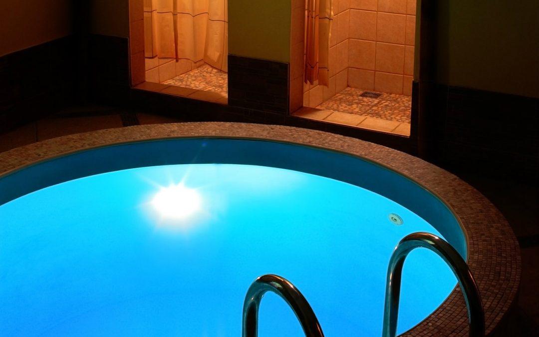 Piscina com sauna: entenda como funciona um projeto conjugado