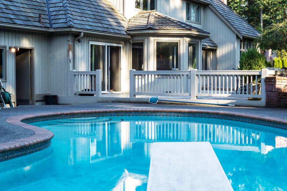 Por que usar um aquecedor na sua piscina