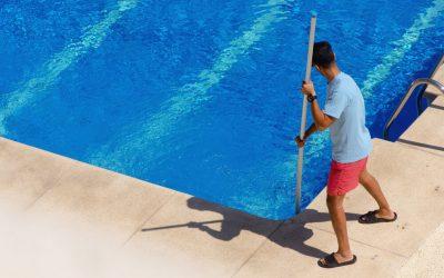 Limpeza da piscina: 8 cuidados para manter a piscina sempre linda