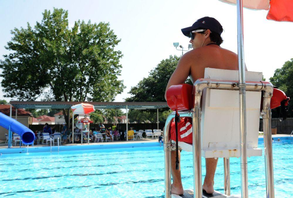 4 vantagens em contratar o serviço de salva-vidas terceirizado