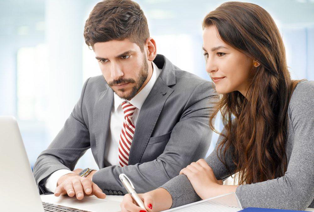 Consultoria e terceirização de serviços para academia: veja como reduzir custos