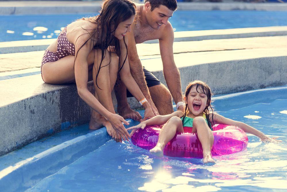 Quais são as recomendações básicas para o uso de piscinas coletivas?
