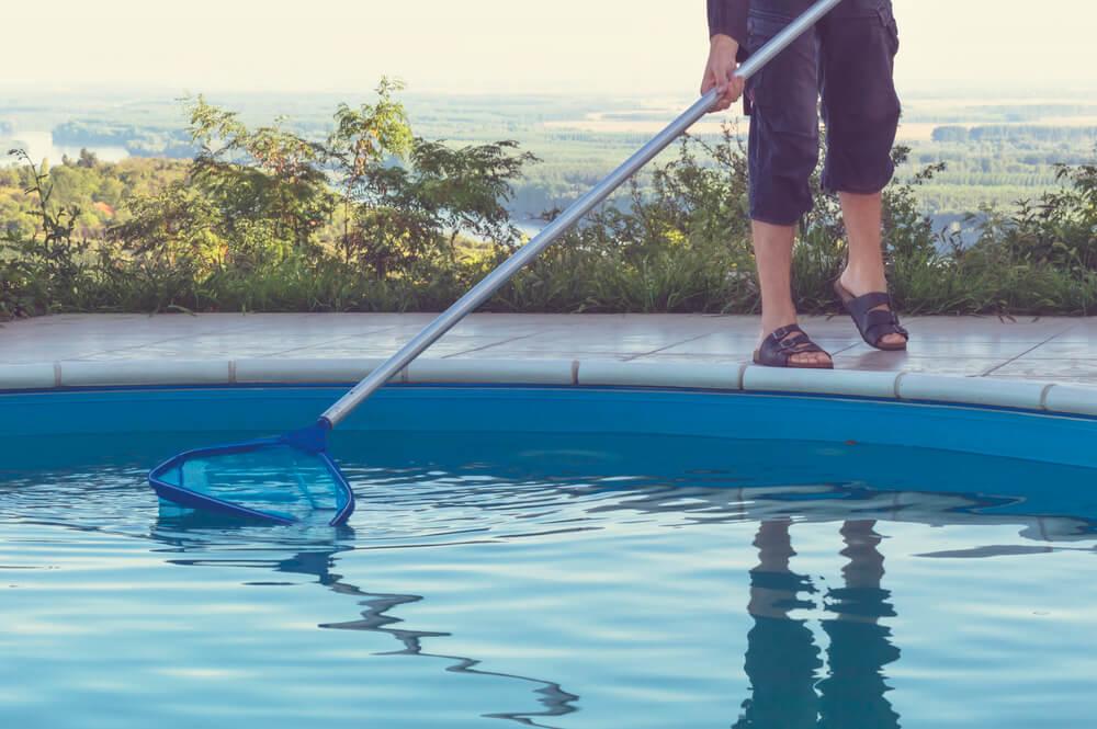 5 dicas de manutenção para grandes piscinas: clubes e academias