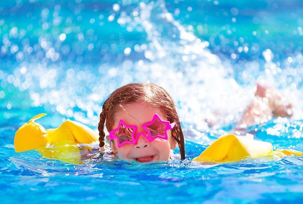 5 dicas essenciais de segurança em piscinas residenciais