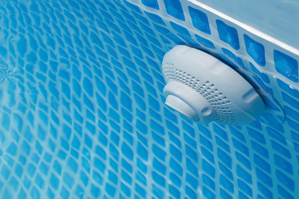 Qual a importância de um dispositivo anti sucção em piscinas?