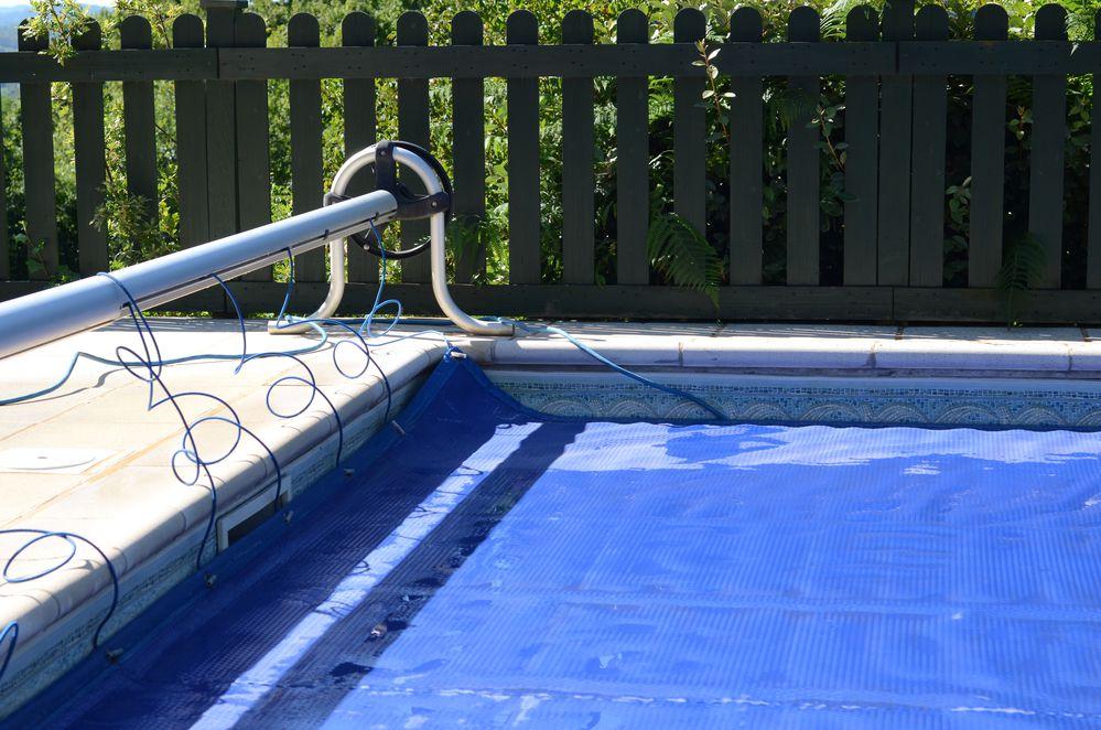 Quais são os cuidados essenciais para se ter com a piscina no inverno?