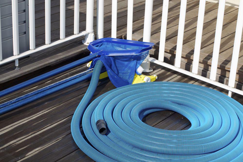 Checklist: 6 equipamentos essenciais para a limpeza de piscinas