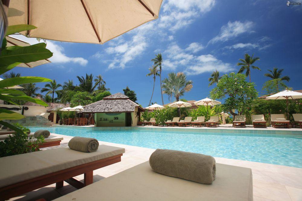 Como fazer manutenção preventiva de piscinas em hotéis?
