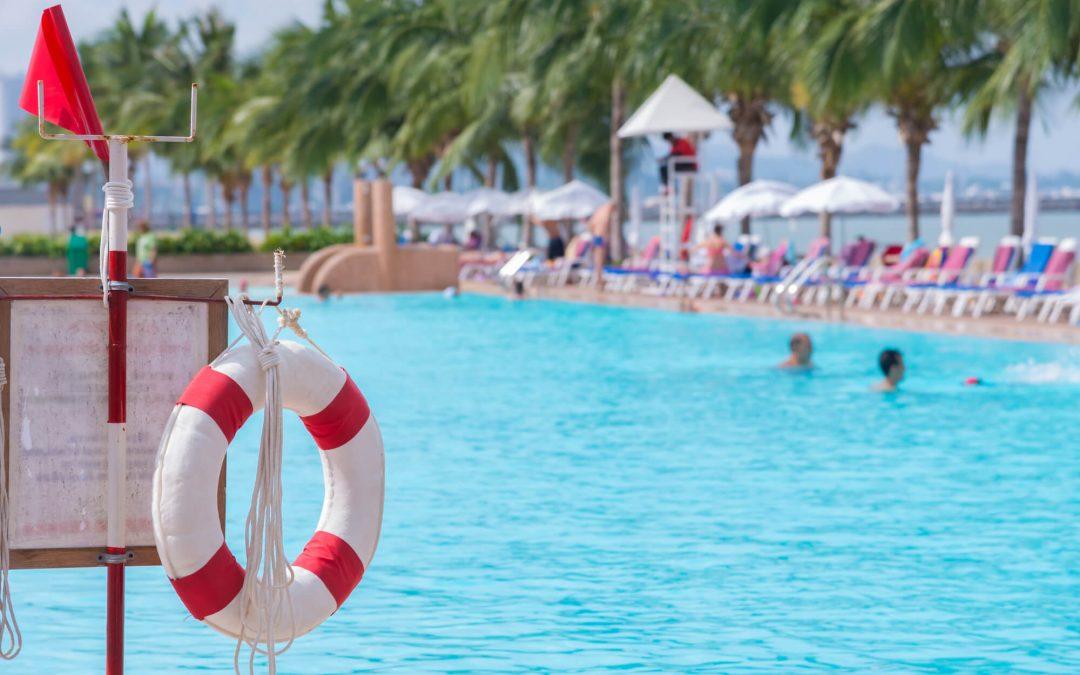 Como manter segurança na piscina do seu hotel?