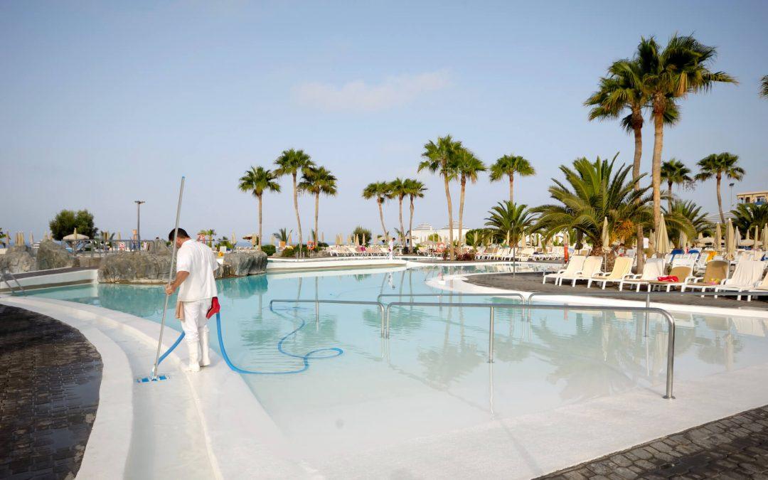 Como escolher a empresa de limpeza e manutenção de piscinas de qualidade?