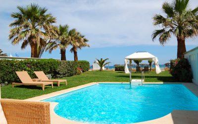 Como escolher os móveis para piscina? Aprenda aqui!