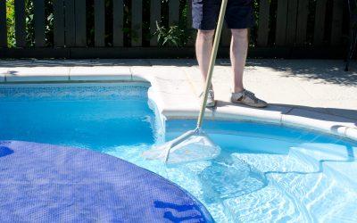 O que fazer para evitar dengue na piscina do condomínio?