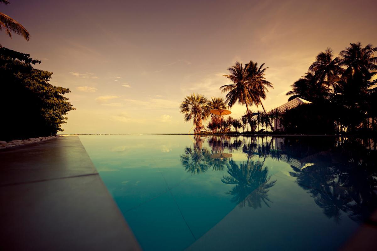 confira-4-dicas-incriveis-de-paisagismo-para-piscina.