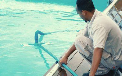 Empresa de limpeza de piscina no Rio de Janeiro: entenda o que avaliar nessa contratação